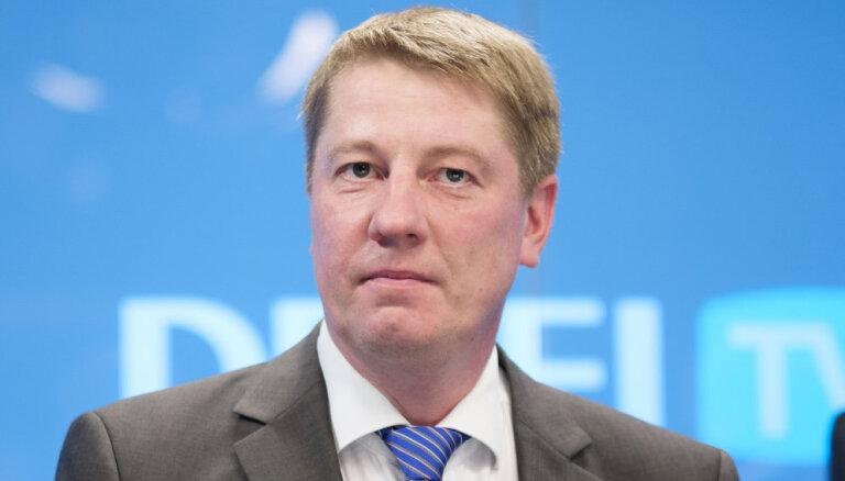 Матисс не смог договориться с Ушаковым о повышении цен на билеты и сокращении рейсов маршруток