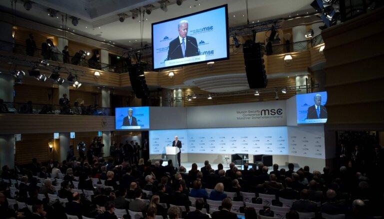 Minhenes drošības konferenci apmeklēs aptuveni 40 valstu un valdību vadītāji