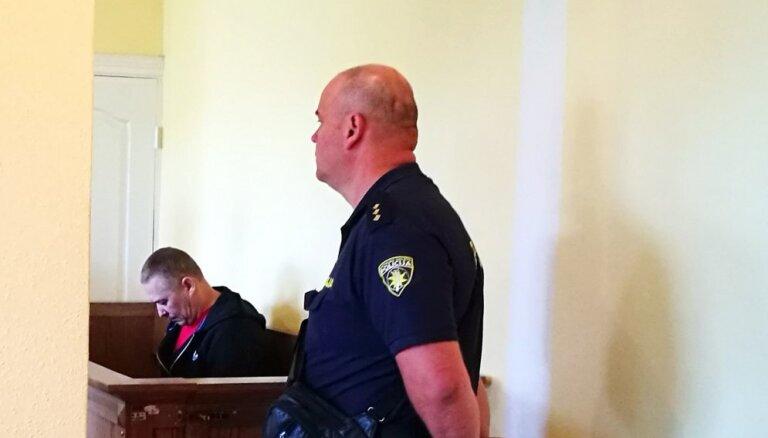 Apelācijas instance dubulto cietumsodu par spiegošanu Krievijas labā apsūdzētajam LDz ceļu meistaram