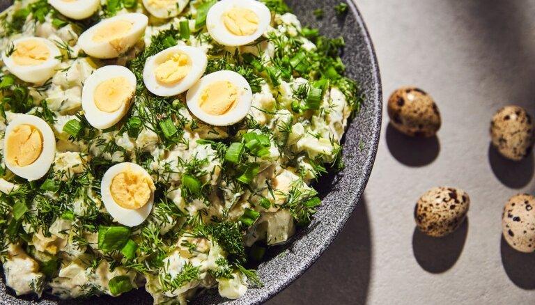 Pavasarīgi svaigie kartupeļu salāti Lieldienām