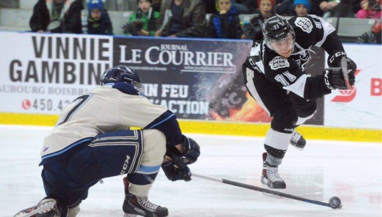 Latvijas hokejistu pārstāvētajiem AHL klubiem mainīgas sekmes Kaldera kausa izcīņā