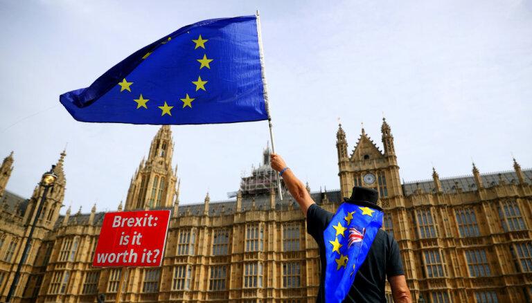 """Евросоюз отказался от повторных переговоров по """"Брекзиту"""""""