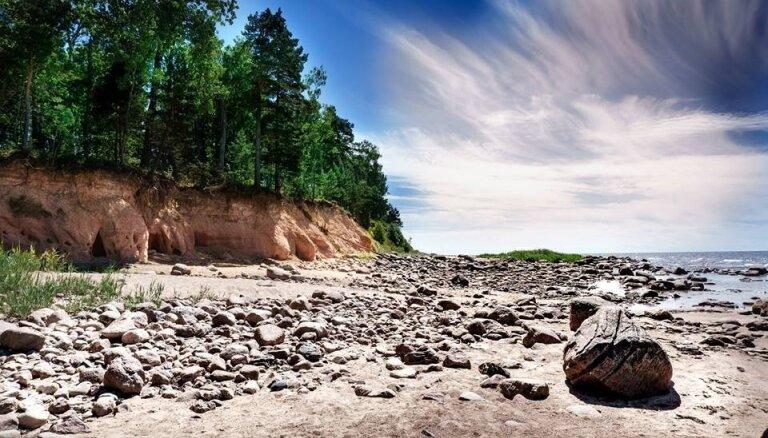 Ducis ideju pārgājienu maršrutiem Latvijā, kas padarīs brīvdienas krāšņākas