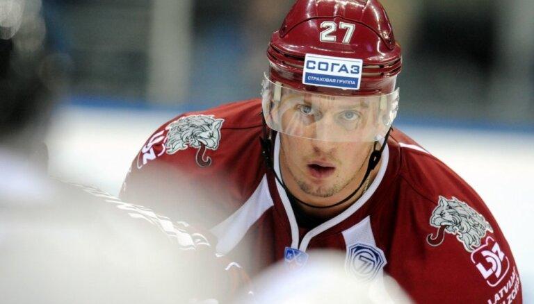 Georgijs Pujacs izturējis pārbaudi Vācijas otrās hokeja līgas klubā