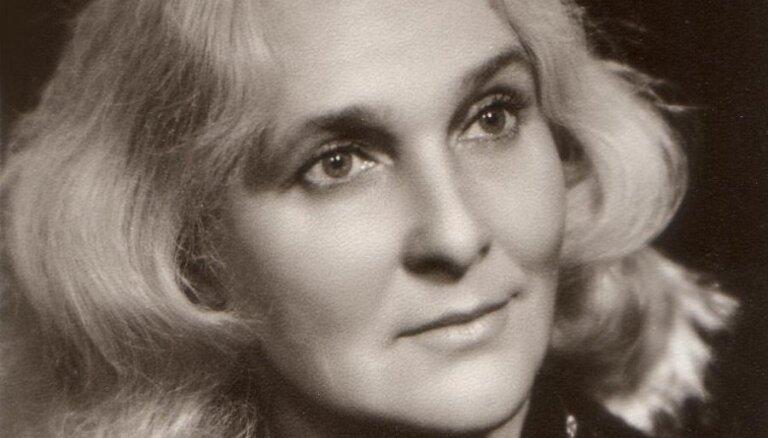 Mūžībā aizgājusi Liepājas teātra aktrise Zigrīda Rūtiņa