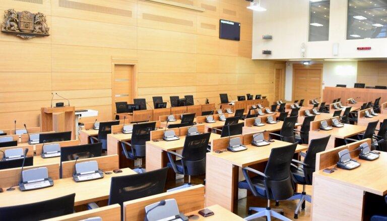 Nākamajā Rīgas domē gandrīz divas trešdaļas būs jaunie deputāti