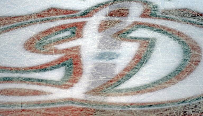Rīgas 'Dinamo' pievienojas DEL labākais snaiperis Berjlunds un amerikāņu aizsargs Māršals