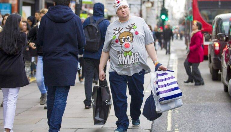 Vairums Latvijas iedzīvotāju uzskata, ka Ziemassvētki ir pārmērīgi komercializēti
