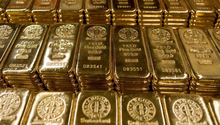 Centrālās bankas pirmo reizi desmit gadu laikā pārdod zeltu