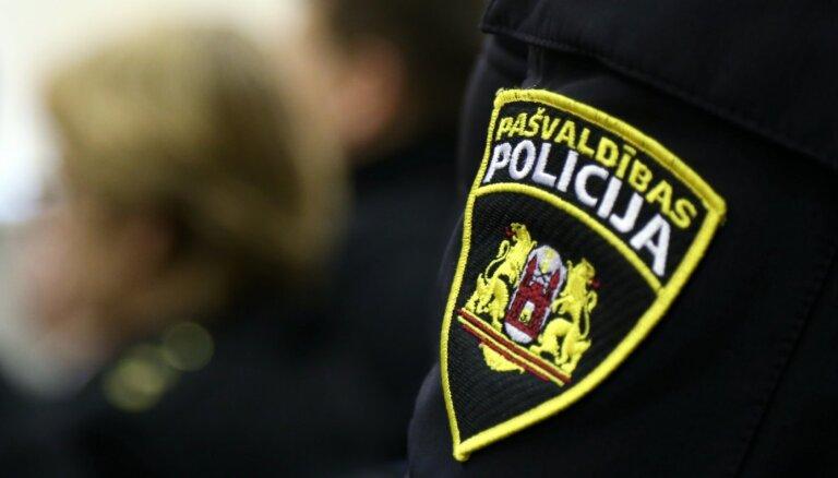 Policija speciālus 'Covid-19 reidus' no Igaunijas ieceļojošo personu kontrolei nerīkos