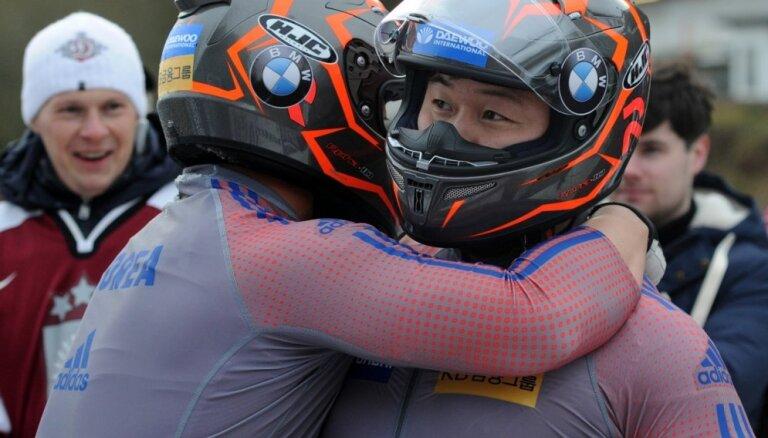 Korejas bobsleja izlases treneris sapņo par divām olimpiskajām medaļām Phjončhanā