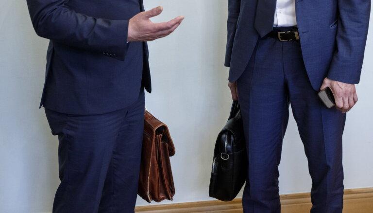 """94 фирмы, один хозяин. Латвия требует от бизнесменов """"выйти из тени"""""""