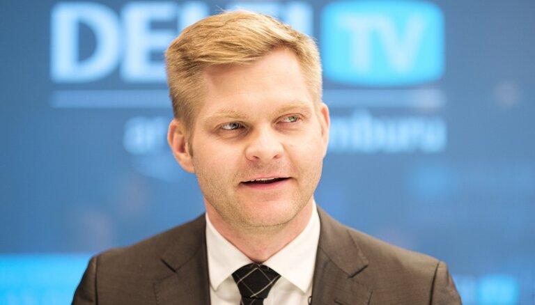 Ziedotāji un augstprātīgie liberāļi – JKP atbild par plāniem Eiropas Parlamentā