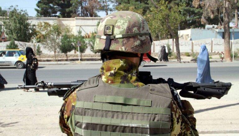 Франция вывела из Афганистана последние боевые части