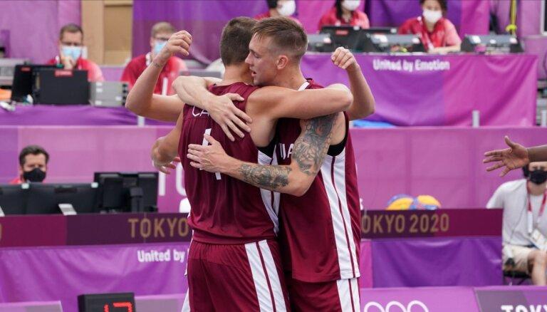'Kā bērns saldumu veikalā' – 3x3 basketbolistiem atklāšanas ceremonijas emocijas palīdzējušas gūt uzvaru