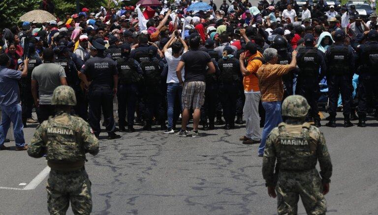 Meksika izvietos karavīrus pie robežas ar Gvatemalu