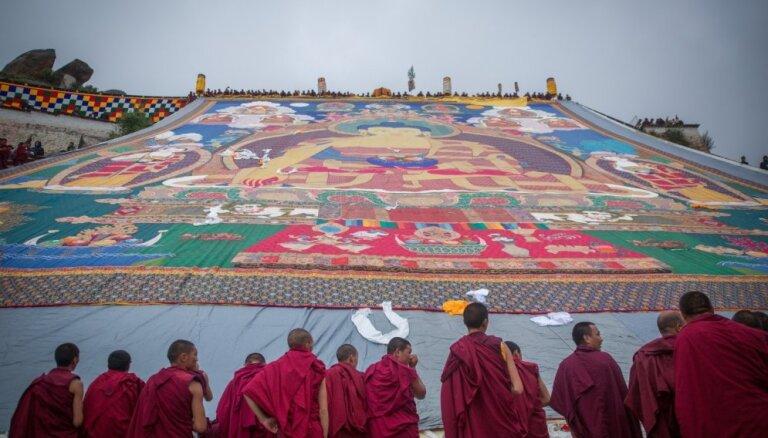 Ķīna līdz 1.aprīlim aizliegusi ārvalstu tūristiem apmeklēt Tibetu