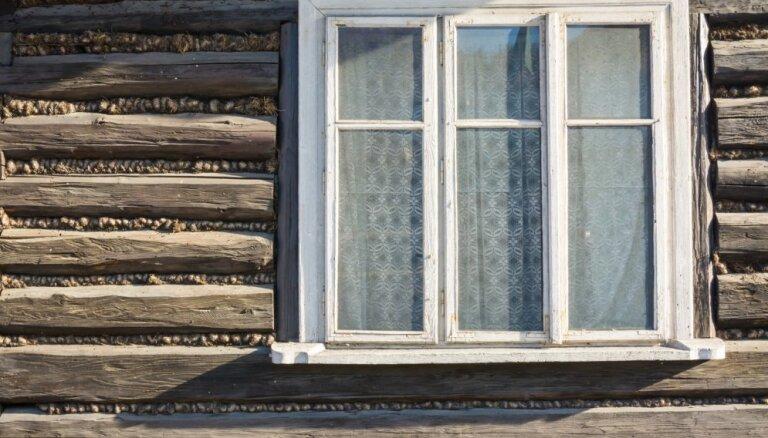 Nezūdošas vērtības: kas jāzina par koka logu un durvju restaurāciju