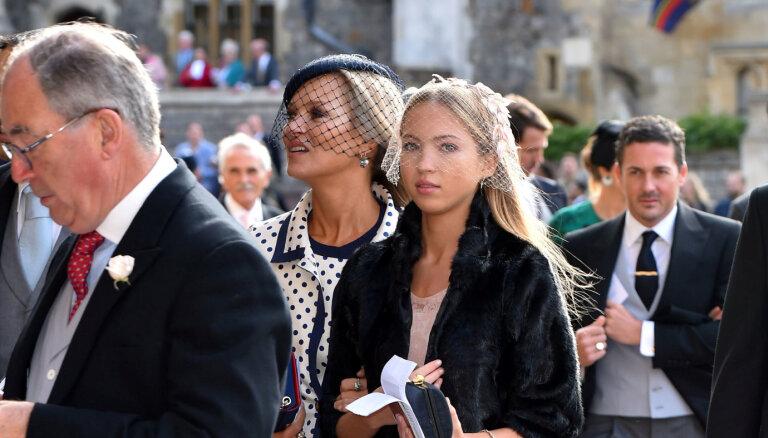 ФОТО: 18-летняя дочь Кейт Мосс дебютировала на подиуме в Париже