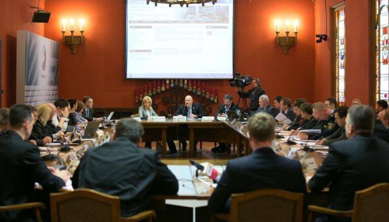 Домбровскис, Ушаков и другие. Комиссия Сейма назвала ответственных за трагедию в Золитуде