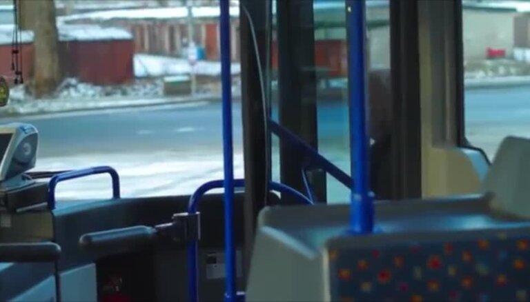 Visiem 'Rīgas satiksmes' darbiniekiem neilgi pirms vēlēšanām izmaksā prēmijas