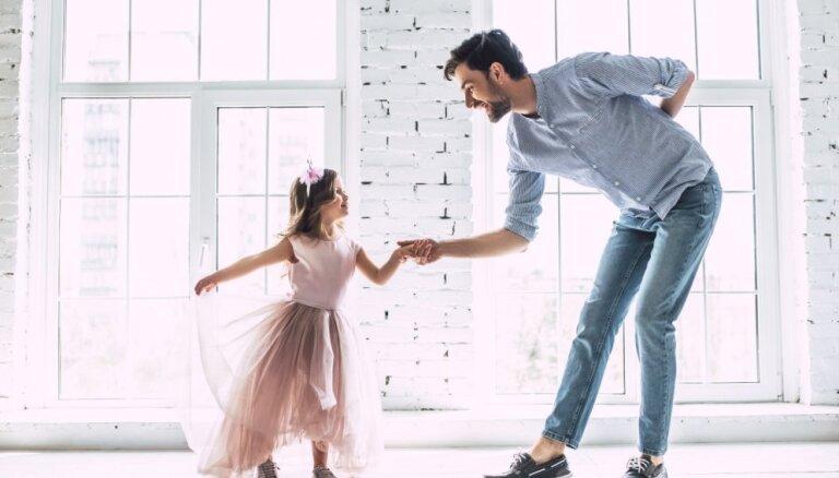 Meitene-princese: pie kā var novest rozā sapņi par prinčiem un karietēm