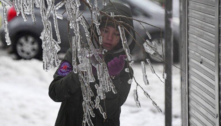 """""""Послезавтра"""" во Владивостоке. Как жители Приморья выживают после ледяного дождя"""