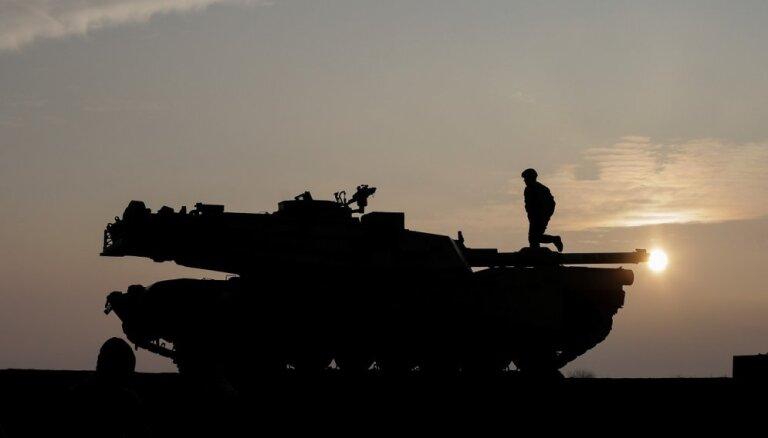 Taivāna no ASV vēlas iegādāties F-16 iznīcinātājus un M1 tankus