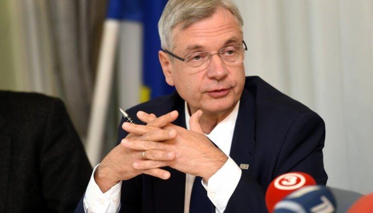Skolotāju algu celšanai nākamā gada budžetā jāatrod 19 miljoni eiro