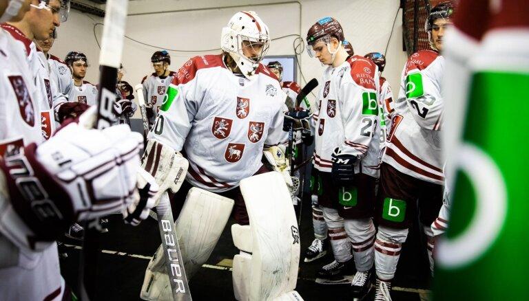 Latvijas hokeja otrā izlase trešajā periodā izrauj uzvaru pār Igauniju