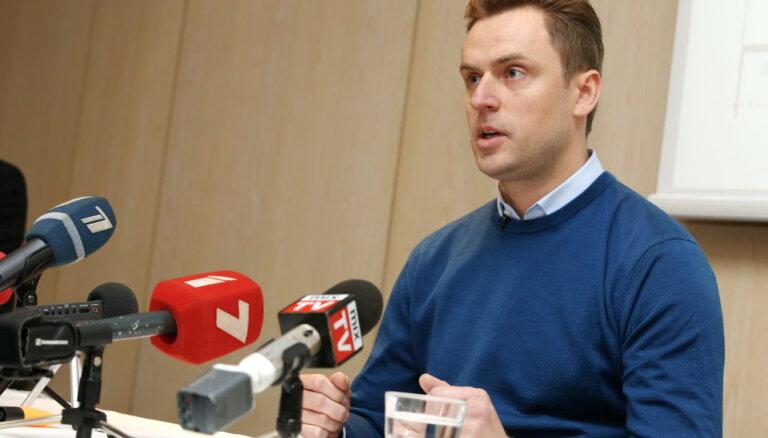 Bunkus ģimene aicina politikas līderus izvērtēt Gobzema atbilstību premjera amatam