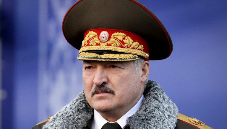 """Лукашенко пообещал белорусам """"одно из принципиальных решений за четверть века президентства"""""""