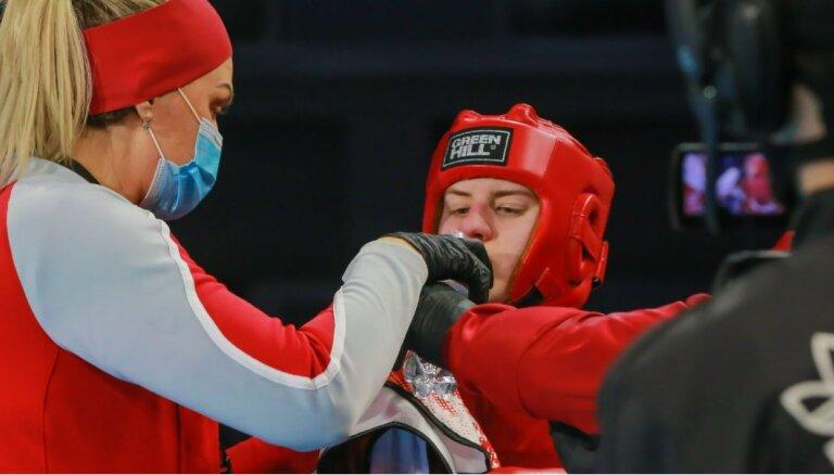 Rozentāle izcīna pasaules jauniešu boksa čempionāta bronzas medaļu