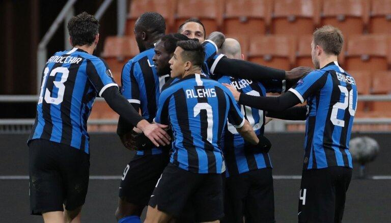 Milānas 'Inter' futbolisti Itālijas A sērijā izcīna otro vietu