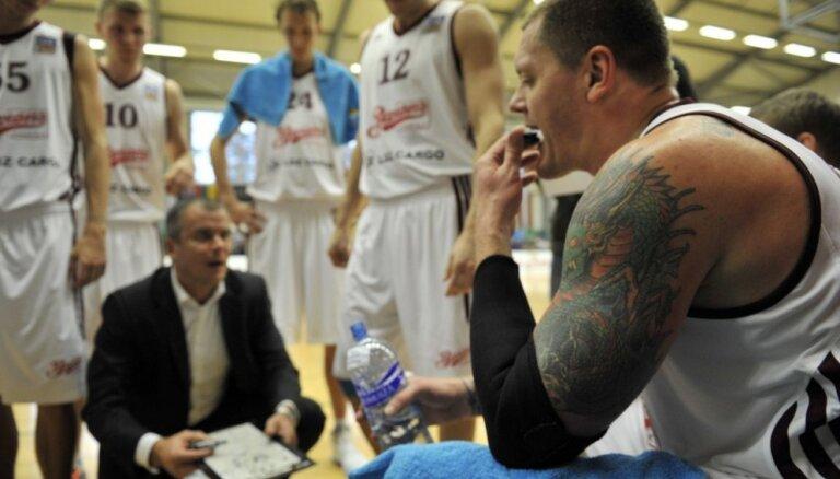 'Ventspils' basketbolisti izbraukumā pārliecinoši sakauj 'Barons'/LDz