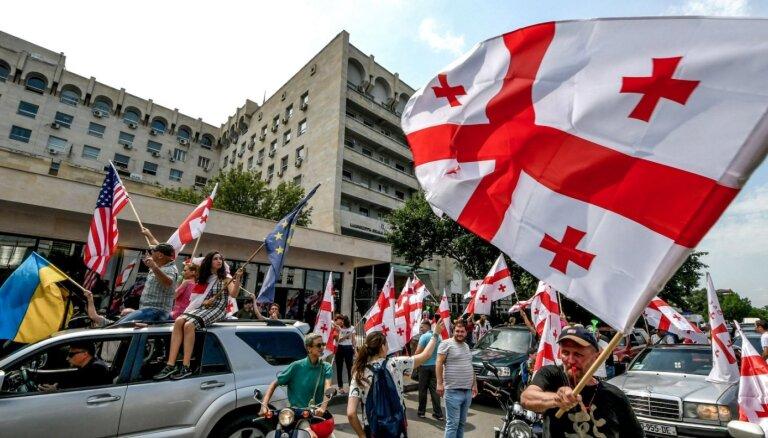 Atis Klimovičs: Vai ar tādu 'atbalstu' ukraiņiem un gruzīniem var kļūt par globālu spēlētāju?