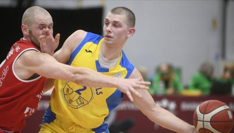 Ausējs turpinās pārstāvēt basketbola klubu 'Ventspils'