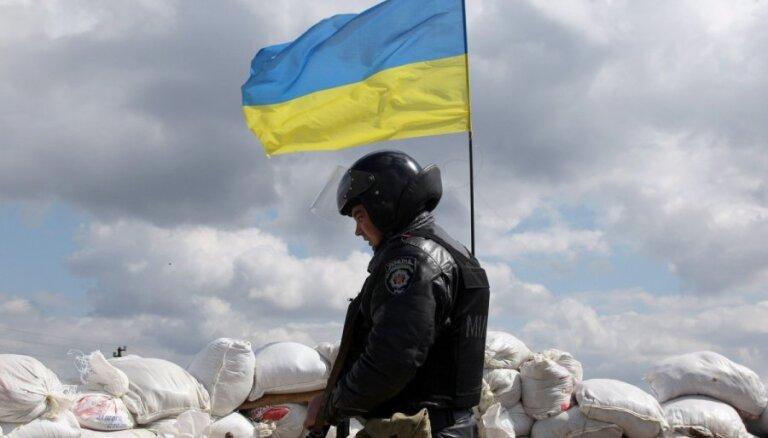 Ukrainas armija un separātisti atliek spēku atvilkšanu Austrumukrainā
