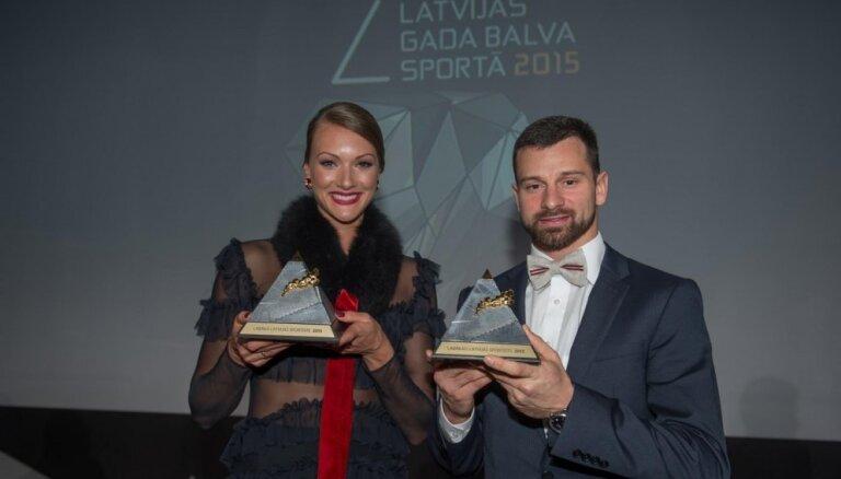 Лучшие спортсмены Латвии 2015 года — Мартин Дукурс и Лаура Икауниеце-Адмидиня
