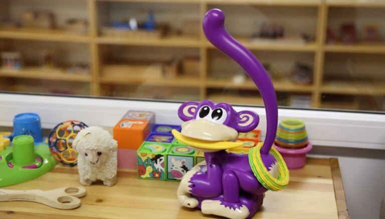 В детских домах Латвии начнут работу первые волонтеры