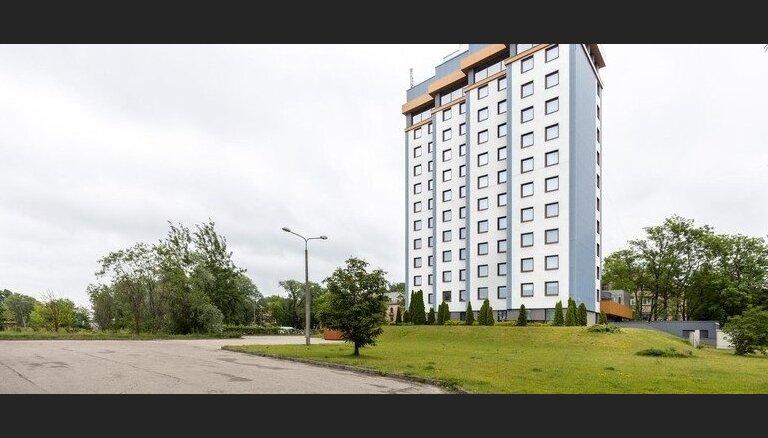 ФОТО: На продажу выставлена рижская гостиница, принадлежащая неплатежеспособному PNB Banka