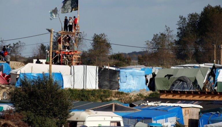 Francijas tiesa noraida prasību apturēt Kalē 'Džungļu' nojaukšanu