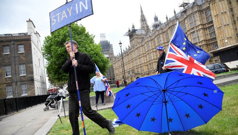 Francija negrib ieslīgt ''Brexit' samitu lokos'