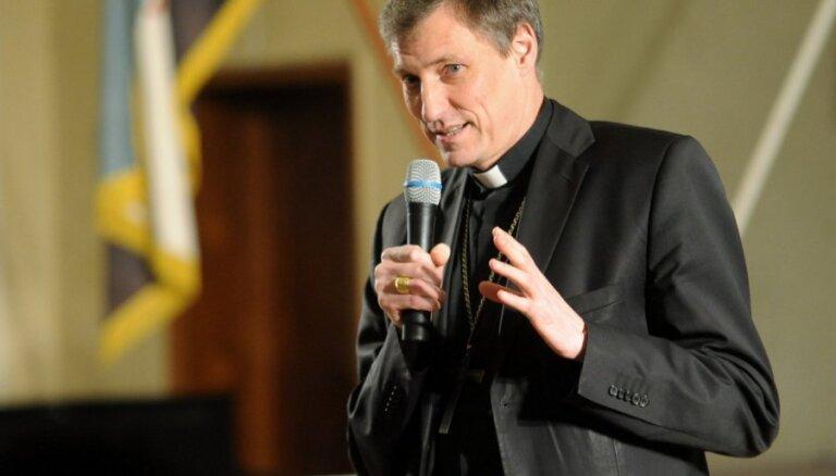 Станкевич: Бог может быть латышом и русским