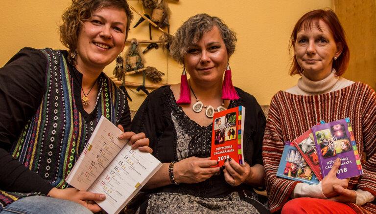 Latvijas ezoteriķi dalās savā dzīvesziņā jaunā gadagrāmatā