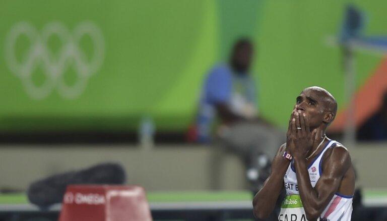 Lielbritānijas skrējējs Farahs kļūst par trīskārtējo olimpisko čempionu
