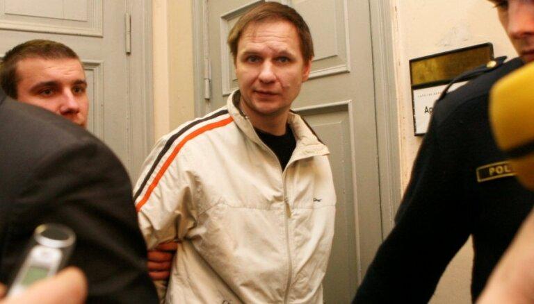Lietuvā uz mūžu notiesātais bijušais Rīgas omonietis Mihailovs vērsies ECT
