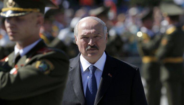 Лукашенко: события на Украине серьезно волнуют белорусов