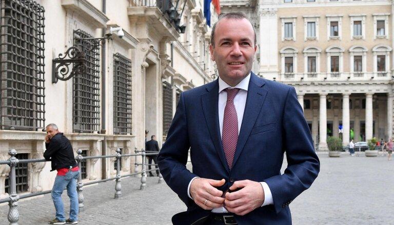 Vēbers Makrona politiku dēvē par nedemokrātisku