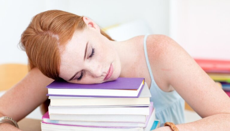 12 iemesli, kāpēc vienmēr jūties noguris